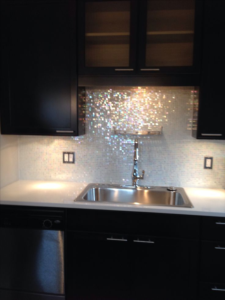 Mixed White Cloud Glimmer Glass tile backsplash