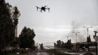 ¿Por qué Corea del Sur usará un ejército de drones armados para enfrentar la amenaza bélica de Corea del Norte? - https://www.vexsoluciones.com/noticias/por-que-corea-del-sur-usara-un-ejercito-de-drones-armados-para-enfrentar-la-amenaza-belica-de-corea-del-norte/
