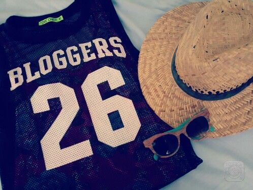 Bloggers fashion sunglasses summer day sun panama hat outfit dress