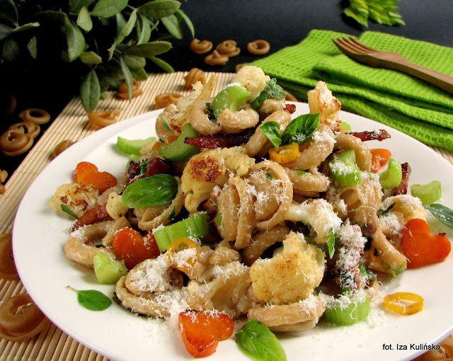 Smaczna Pyza sprawdzone przepisy kulinarne: Uszka pełnoziarniste z warzywami