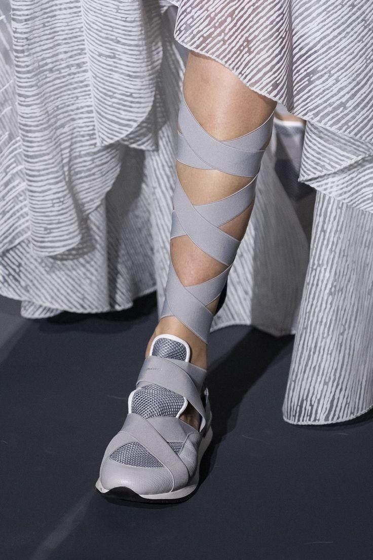 paintdeath:   Vionnet SS15 sneakers -