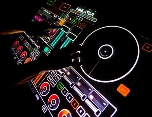 Lighting on this turntable is awesomeDj System, Smithson Martin, Group Boards, New Technology, House Music, Multi Touch, The Profession, Profession Dj, Dj Equipment