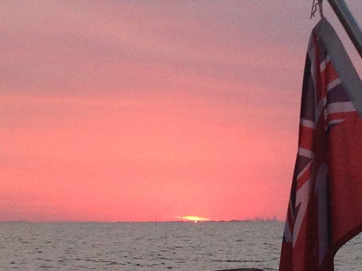 Magic sunset towards Brisbane #moretonbay #moretonisland