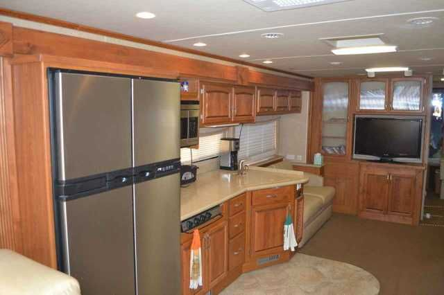 2008 Used Monaco Knight 40SKQ Class A in California CA.Recreational Vehicle, rv, 2008 Monaco Knight 40SKQ, Monaco Knight 40SKQ, 2008 Monaco Knight 40SKQ Quad Slide-Out Class A Diesel Motorhome. This coach is built on a Roadmaster chassis and powered by a Cummins 360HP Diesel HP Engine with only 24,306 miles! Equipment includes: Aluminum Wheels, Side-Hinged Baggage Doors, Pass Through Slide-Out Storage Tray, Hydraulic Leveling Jacks, 2000 Watt Inverter, 3M Film Front Mask, Full Encased…
