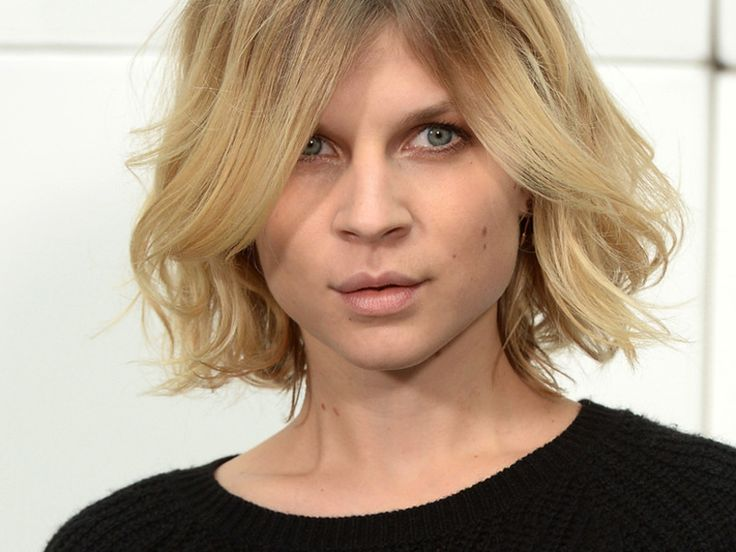 Voluminöses Haar à la Parisienne: Die französische Schauspielerin Clemence Poésy hat es natürlich