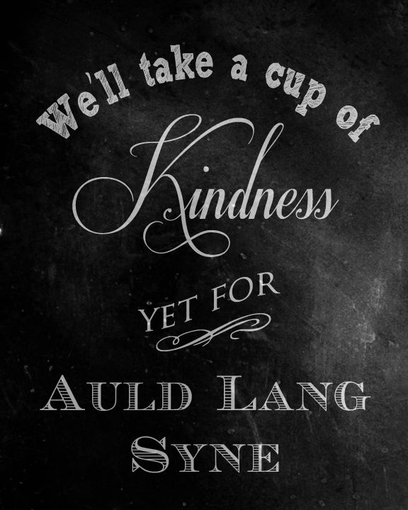 Be Book Bound |  Christmas Carols: Auld Lang Syne Printable (maybe for the drink table?)