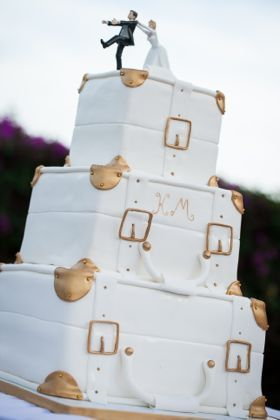 ストーリ性あるケーキがおもしろい♡個性的な結婚式のウェディングケーキまとめ一覧♡