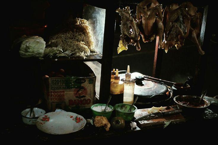 Traditional food vendor workdesk