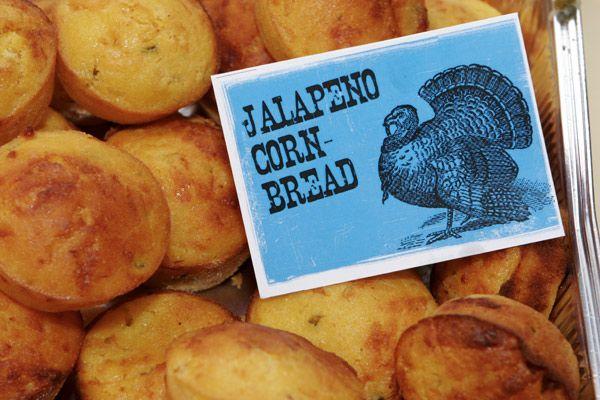 Cornbread muffins with Jalapeños e Formaggio