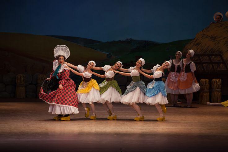 Călin Rădulescu şi Ansamblul de balet