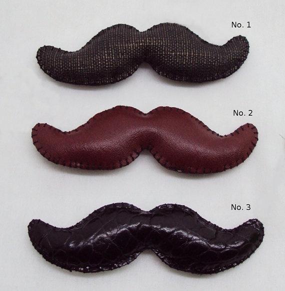 moustache leather key chain keyring men by mouhoxlab on Etsy, $9.00