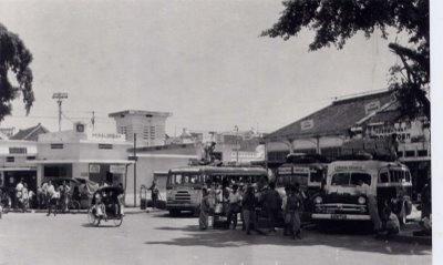 stanplat alun-alun kota Pekalongan