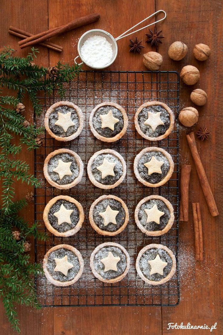 Poppy Seed Shortbread Mini Christmas Tarts.
