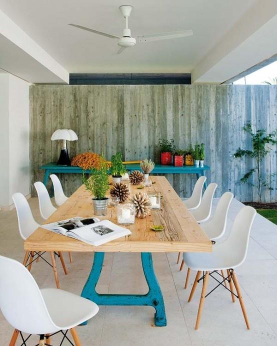 Outdoor eclectic dining area   Comedor exterior de estilo ecléctico · ChicDecó