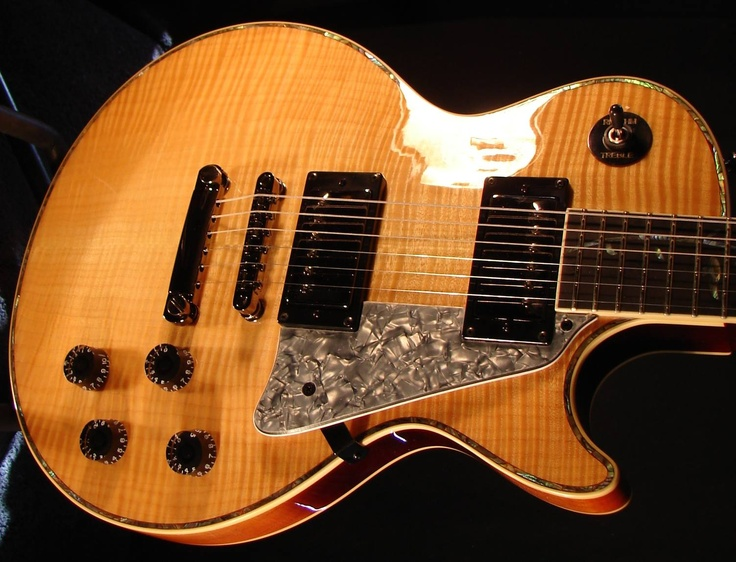 http://www.ravenwestguitar.com/elguit.html