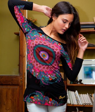 Wear your favorite Desigual dress and feel the spring on your blood!