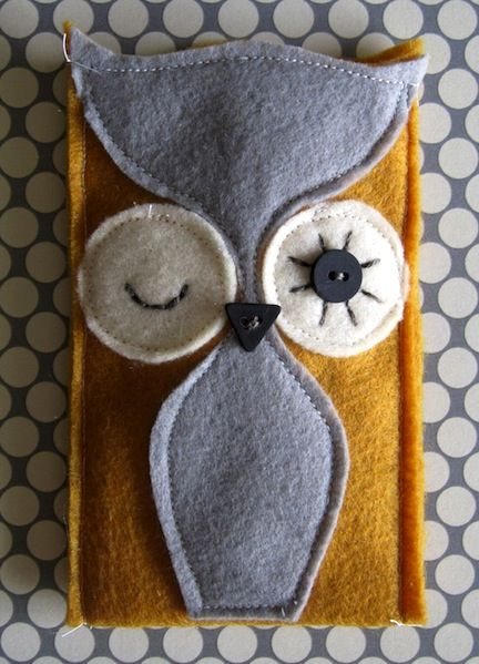 24 owl crafts.: Cell Phones Cases, 24 Owl, Iphone Cases, Crafts Ideas, Phones Holders, Owl Crafts, Ipod Cases, Cell Phones Covers, Felt Owl