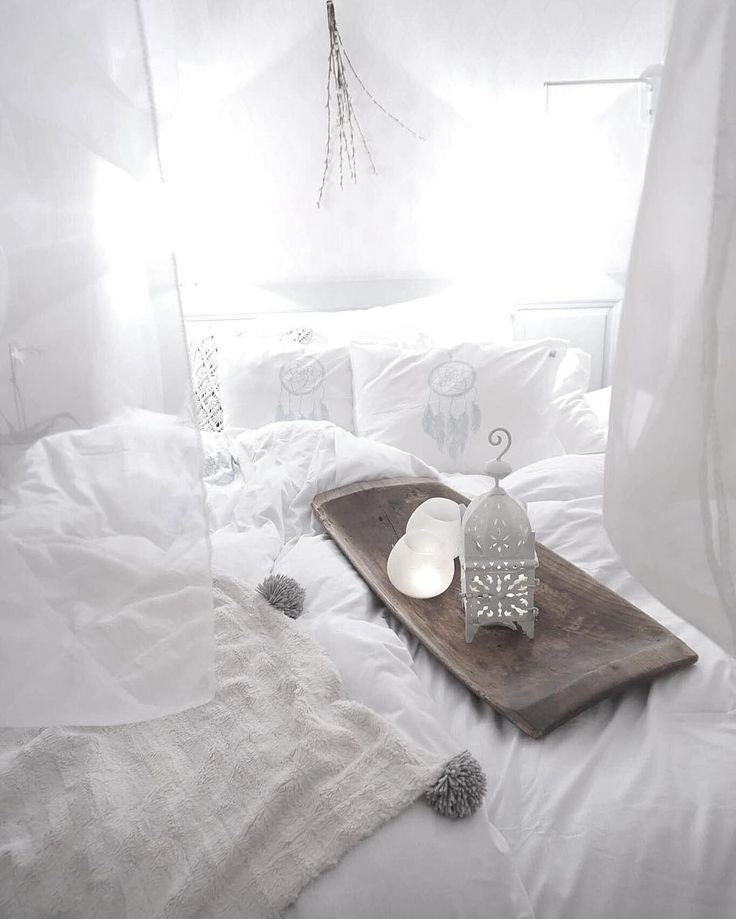 Dreamy bed @designbymirelle with bedlinen from Beach House Company - design: Dreamcatcher...
