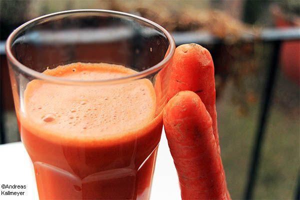 Manchmal kann man dem unerfüllten Kinderwunsch nachhelfen mit ganz einfachen Mitteln. Eine Möglichkeit ist es dem Mann ganz viele (natürliche) Antioxidantien zuzuführen via Möhren, Tomaten, Avocados etc. Lesen Sie warum!