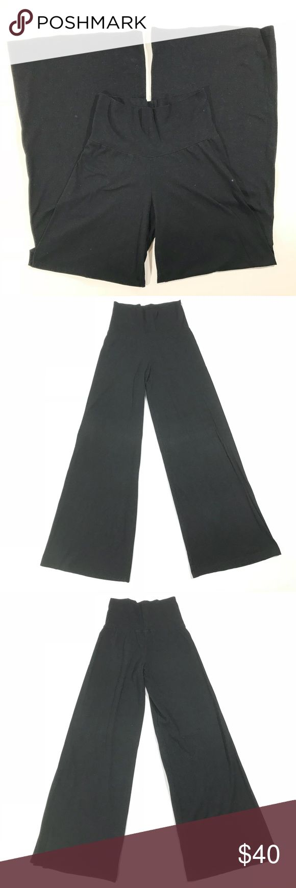 """Standard James Perse Fold Waist Wide Leg Yoga Pant Standard James Perse SZ 2 Black Solid Cotton Fold Hem Wide Leg Yoga Pants Womens  Measurements Approx (Lying Flat) Labeled: 2 Waist: 13"""" Rise: 6.5"""" (Folded); 11.5"""" (Unfolded)  Inseam: 33""""  Condition: Gently preowned.    If you have any questions, don't hesitate to contact me! James Perse Pants Wide Leg"""