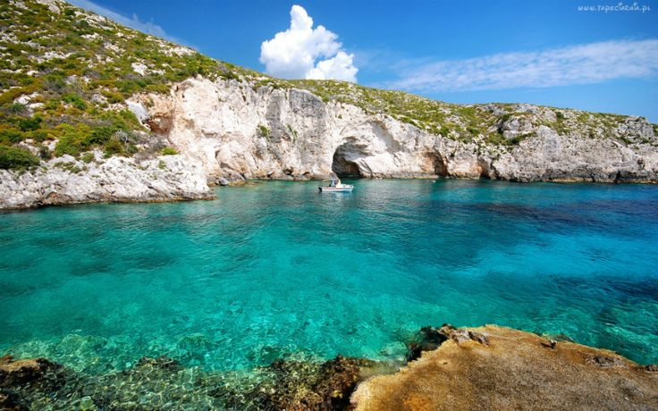 Porto Limnionas is a coast with magical natural beauty. Rocks surround the coast and the sea water is deep,cool and crystal,perfect for diving.