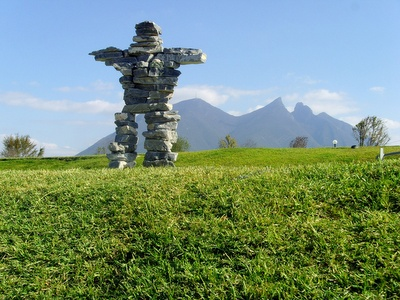 Inukshuk. There are only four authentic inuksiut (plural of inukshuk) outside of Canada, and the city of Monterrey is privileged to have this work, is unique in its kind in Mexico.