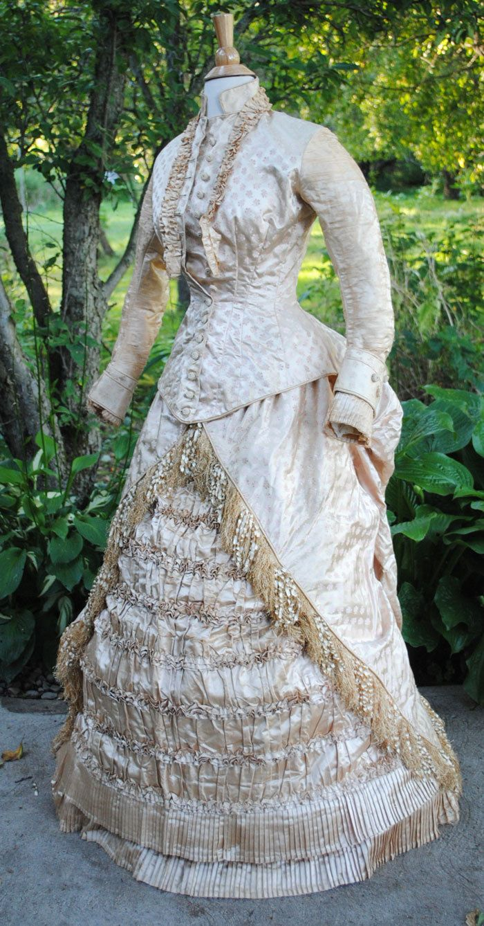 ANTIQUE DRESS c1875 WEDDING GOWN BUSTLE FLORAL SATIN BROCADE WITH LONG TRAIN | eBay