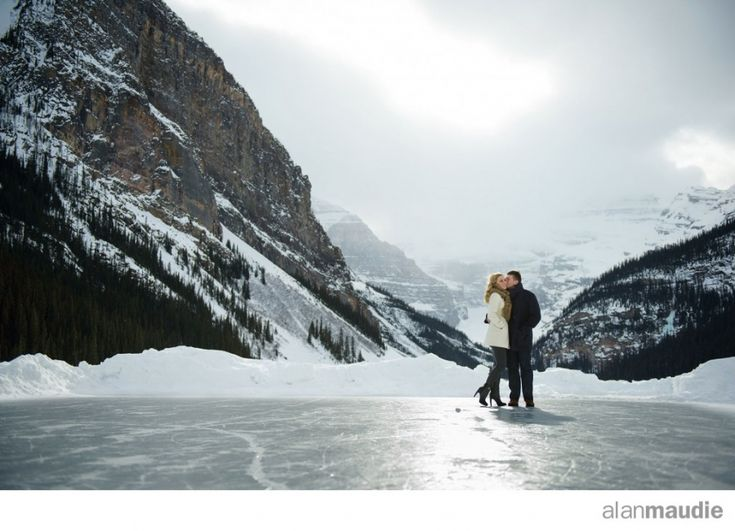 Lake Louise Wedding Photographer