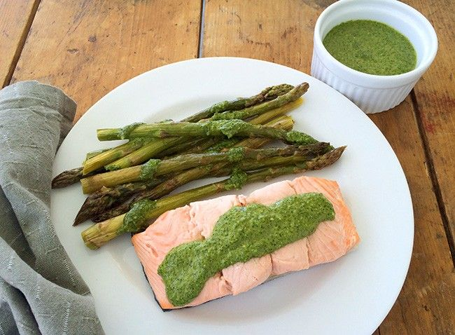Poached Salmon with Roasted Asparagus and Cilantro-Pumpkin Seed Pesto | Summer Tomato