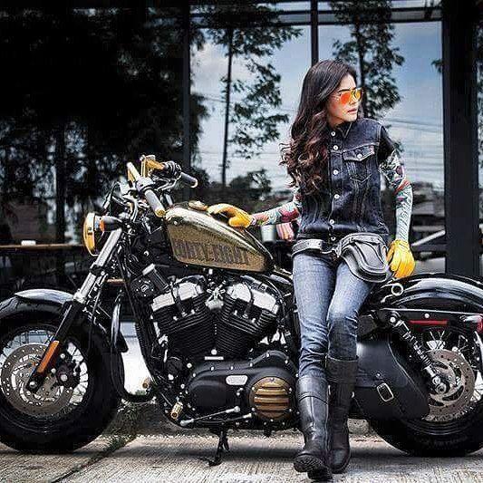 Real Motorcycle Women - tennesseeharleydavidson_camp