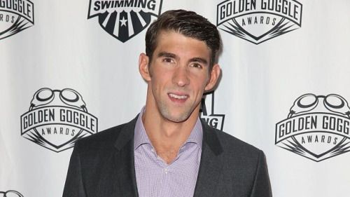 Michael Phelps Distracts College Basketball Player by Stripping... #MichaelPhelps: Michael Phelps Distracts College… #MichaelPhelps