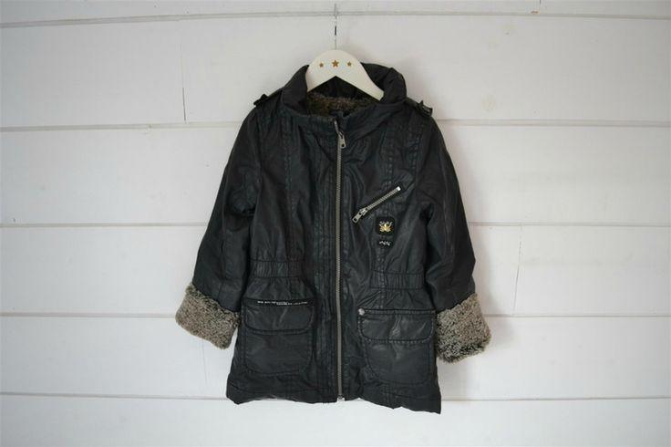 Manteau noir doublé de fausse fourrure IKKS - 5 Ans (taille grand)