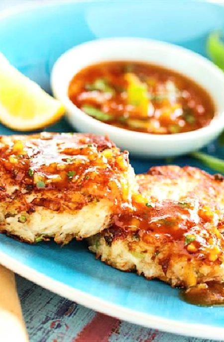 Best 25+ Crab cake dipping sauce ideas on Pinterest ...