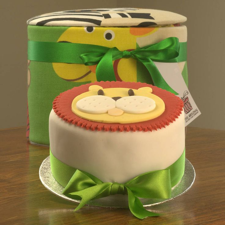 Lion cake - NOTHS £24.99