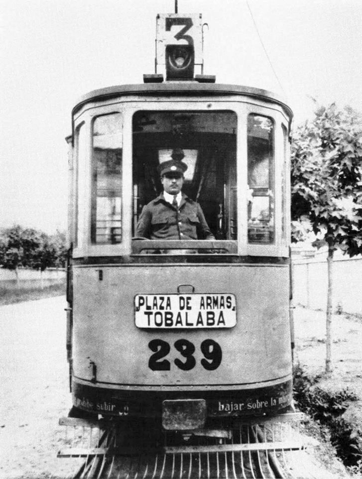 Tranvía recorrido Plaza de Armas - Tobalaba. Santiago, c1920. Chile