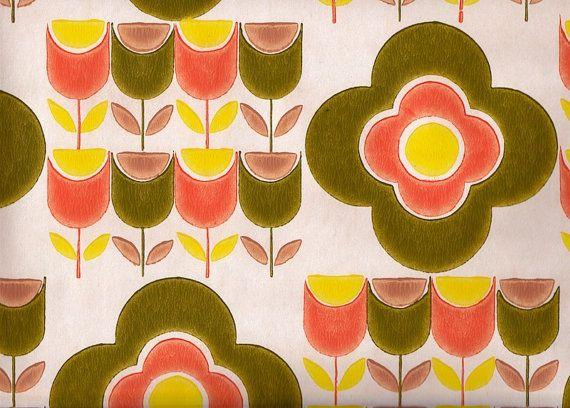 Vintage 1970s Wallpaper  Pop Tulips  Price per yard by Pommedejour, $14.00