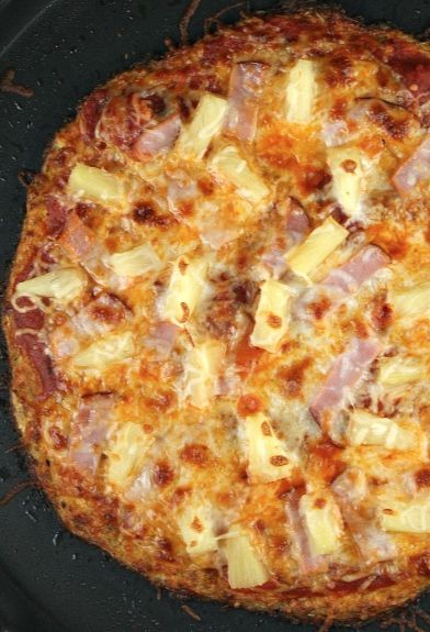 Cauliflower Crust Hawaiian Pizza #recipe