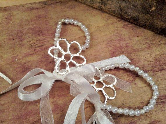 Bachelorette Bracelets 10pcs- Daisy Flower Bracelets- Wedding Bracelet- Wedding Favors-Bridesmaids Gift-Infinity Love Bracelet