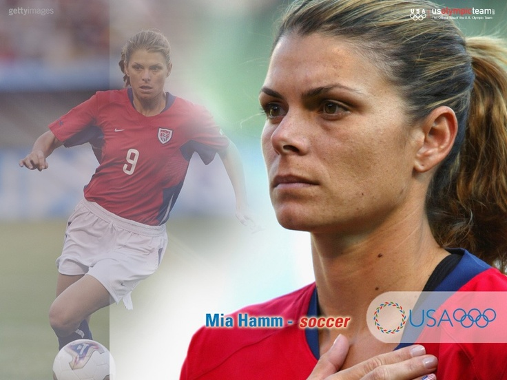 Mia Hamm famous soccer player