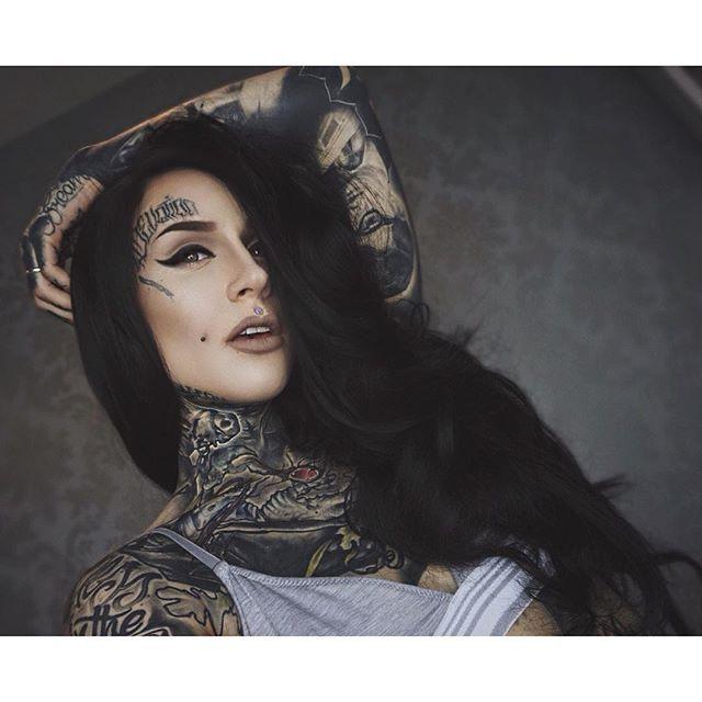 Monami Frost @monamifrost Instagram photos | Websta