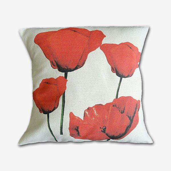 Funda cojín tela 100 % algodón, estampado digital.  Diseño amapolas rojas