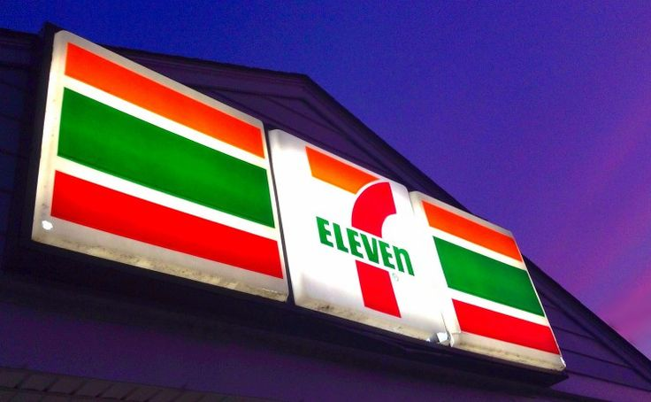 By Thom Mitchell on October 12, 2015Workers' Rights An ongoing Fair Work inquiry into worker rip-offs has already claimed two employers. Thom Mitchell reports. AMelbourne couple who own a 7-Eleven ... http://winstonclose.me/2015/10/13/4853/