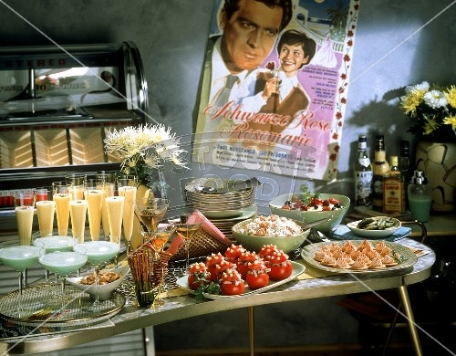 Party buffet mad men theme party pinterest for Buffet cuisine 1950