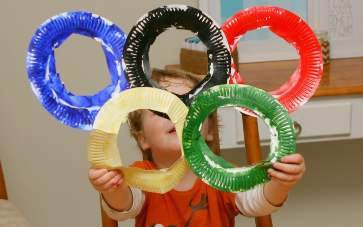 Easy Olympic craft for toddlers