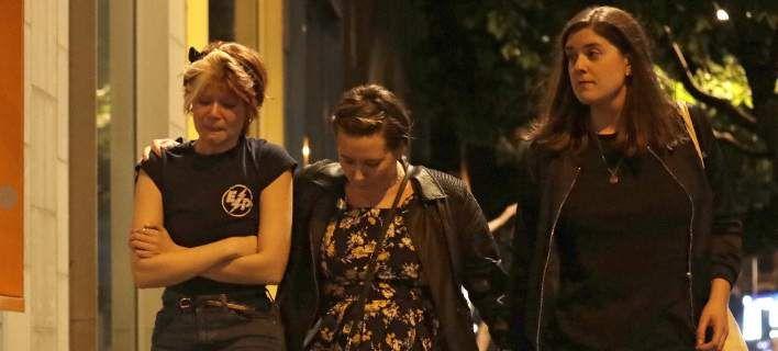 Μαρτυρίες από το Λονδίνο: Αίμα και κορμιά παντού, τους μαχαίρωναν με μανία, τους πετούσαμε καρέκλες