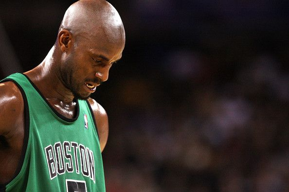 Kevin Garnett #5 of the Boston Celtics looks on against the Golden State Warriors during an NBA game at Oracle Arena on December 28, 2009 in…