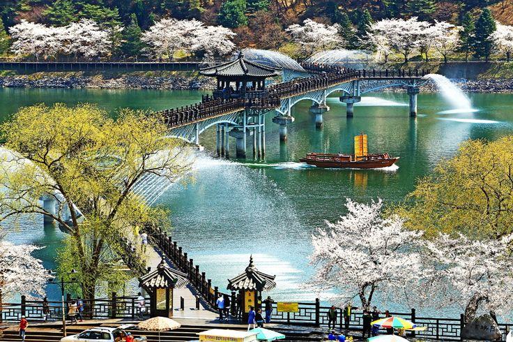 아름다운 추억을 숭고한 사랑으로 승화시키는 월영교(2016.3.31.)