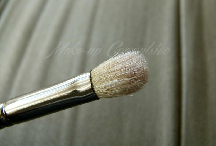 Make-up compulsivo: 5 motivi per amare il 217 di Mac