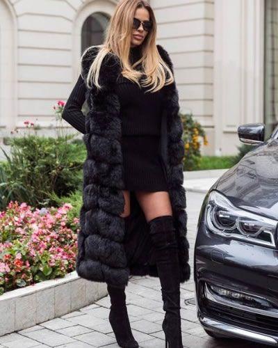 Vesta lunga de blana neagra cu insertii piele