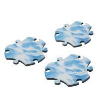 Satyendra Pakhalé heeft de Puzzle Tapijt ontworpen voor het merk Magis Me Too. Tapijt is in verschillende opdrukken verkrijgbaar , water, gras en zand. Hij word geleverd per 7 stuks. Gemaak van kunststof en polyester met een diameter van 36 cm. € 16,- https://www.musthaves.nl/puzzle-tapijt-magis-me-too-water